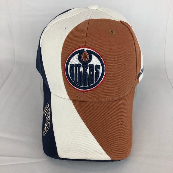 53c492266c5 Reebok NHL Edmonton Oilers Strap Ball Cap. NWT